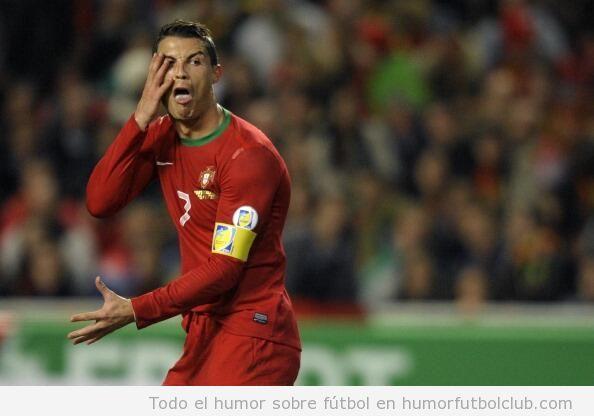Foto graciosa, Cristiano Ronaldo se burla de Mikael Lusting por fingir