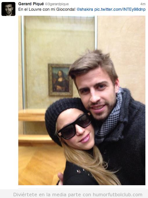 Shakira y Piqué en el Louvre con la Mona Lisa