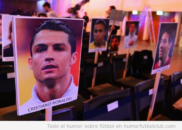 Cristiano y Messi sentados separados por un asiento en la gala de Balón de Oro