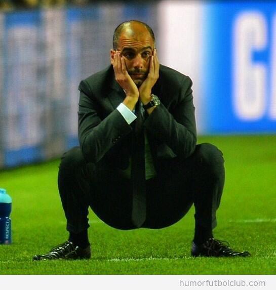 Foto graciosa Pep Guardiola de cuclillas en el Real Madrid - Bayern
