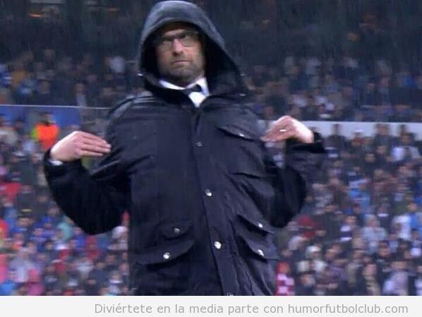 Pose graciosa Jurgen Klopp en el Bernabeu, Real Madrid vs Borussia Dortmund