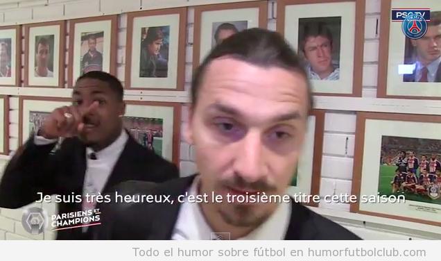 Un hombre se burla de la nariz de Ibrahimovic en una entrevista