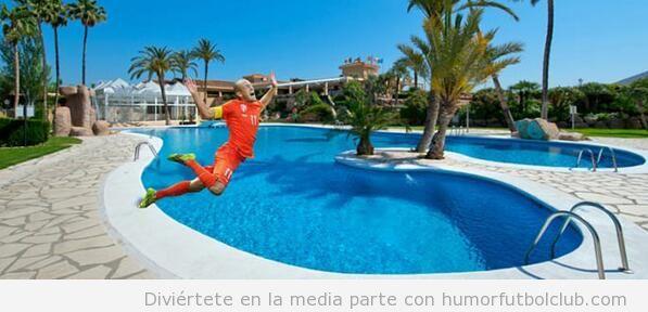 Memes graciosos piscinazo Robben en Holanda-Mexico, Mundial Brasil