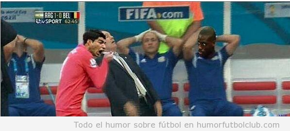 Memes graciosos del entrenador de argentina en el partido vs Bélgica