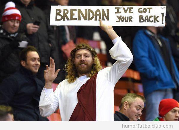 Aficionado Liverpool vestido Jesucristo en Anfield
