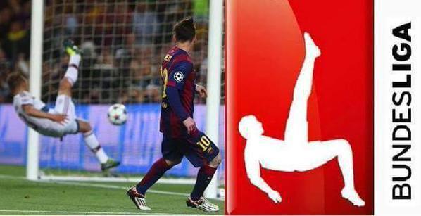 Jugador Bayern Munich imita logo Bundesliga ante el Barça