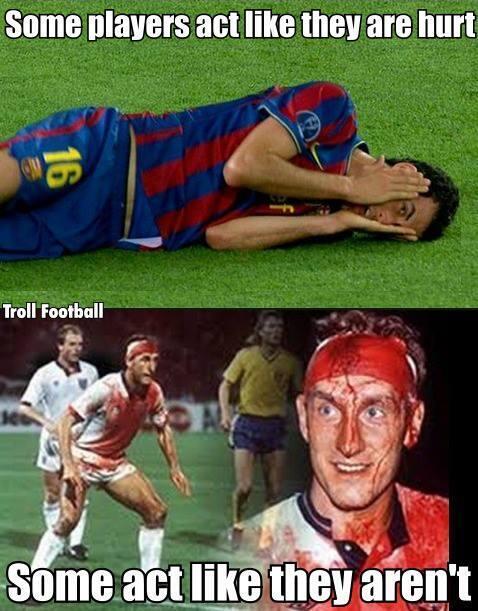 Meme gracioso, los futbolistas de verdad juegan heridos