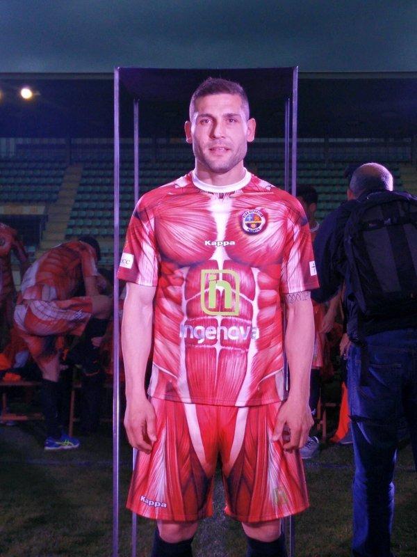Equipación Deportivo Palencia músculos